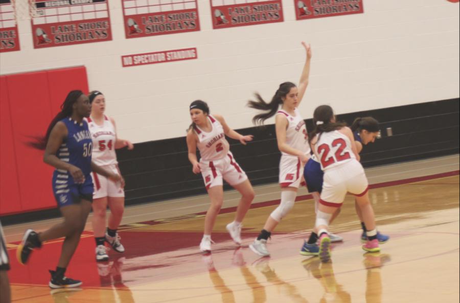Girl's Varsity Basketball Shines This Season