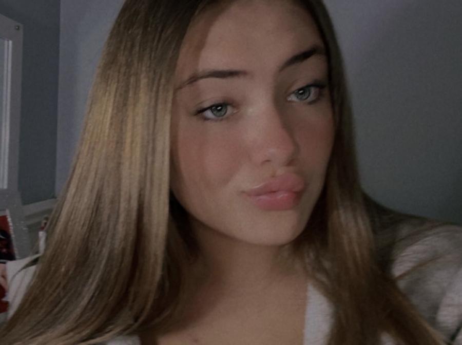 Bella Figurski